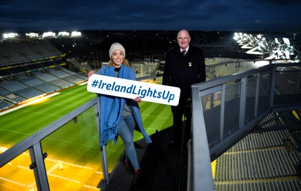 Club grant for Ireland Lights Up walking initiative